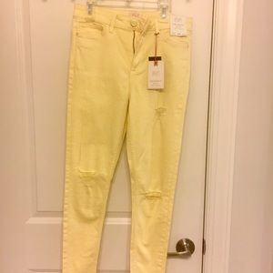 Pastel Yellow Ripped Mid-Rise Skinny Jeans